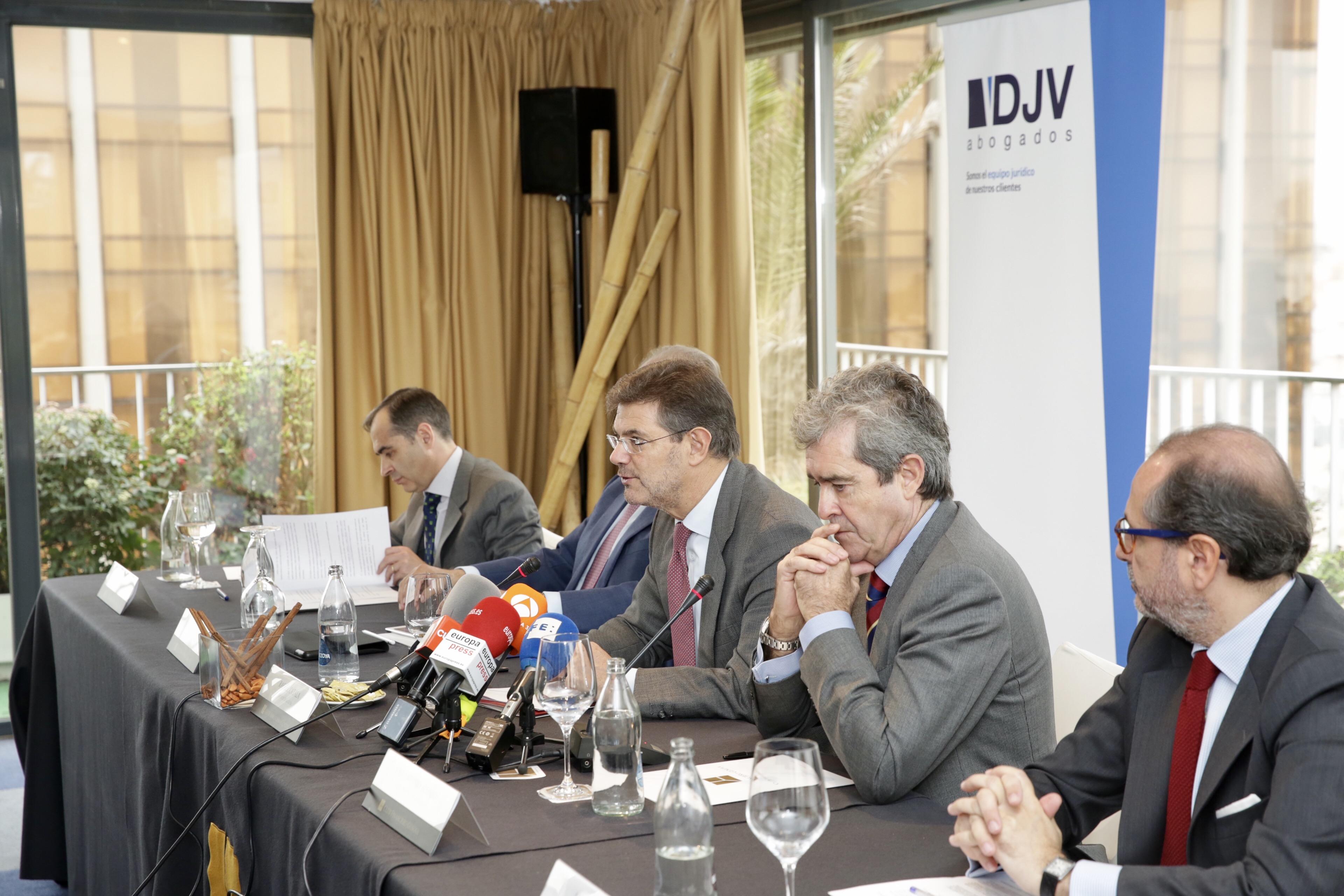 Rafael Catalá Participa En Un Desayuno Sobre Compliance Organizado Por DJV Abogados